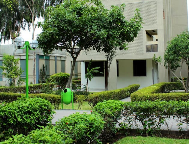 ROYALTY INN LOGEMENT - Lima - Appartement en résidence