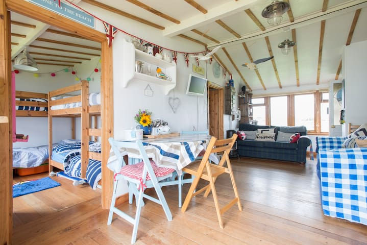 The Little Wooden House nr the Sea - Bacton - Sommerhus/hytte
