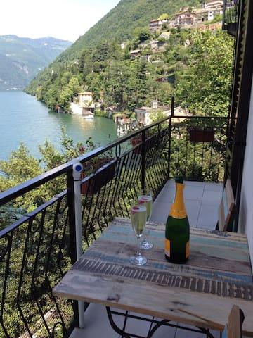 Casa Alicia - wonderful lake view - Nesso