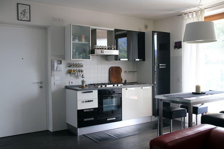 Loft, view and garden in Rovereto - Rovereto - Appartement