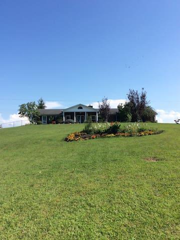 The Ramsey Ranch - Lawrenceburg