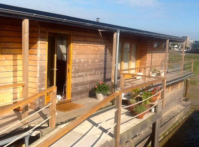 Houseboat sleeps 6 near Brighton - Shoreham-by-Sea - Båt