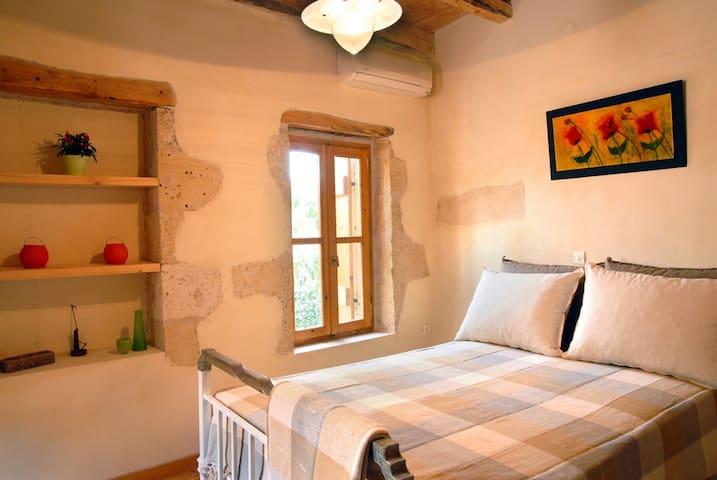 MOURIA traditional studio Crete - Vafes, Chania - Departamento