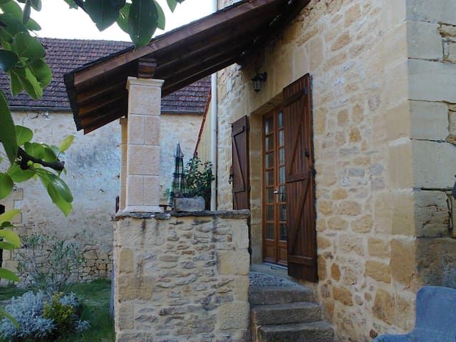"gîte de charme en pierre ""la ruche"" - Calviac-en-Périgord"