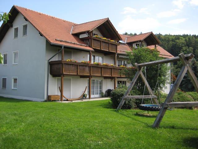Bauernhofurlaub, Ferienwohnung, - Brennberg - Departamento