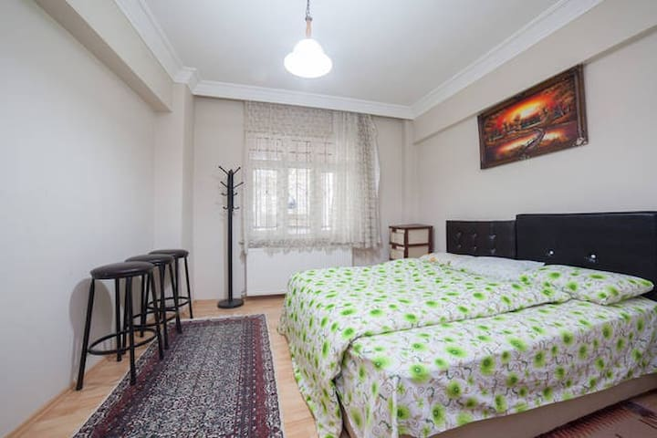 Spacious Cosy Room in İstanbul - Gaziosmanpaşa - Apartemen