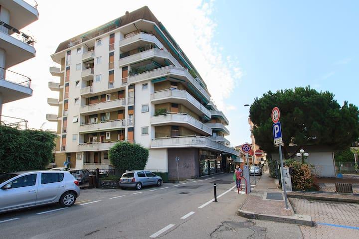 Apartment in the City center - Sesto Calende - Daire