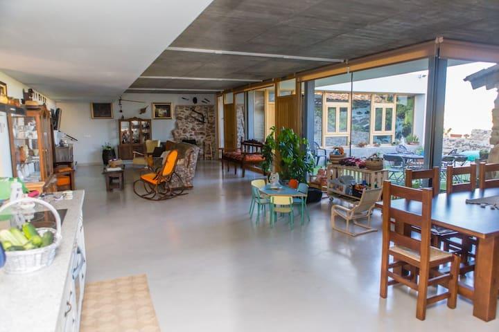 Casa rural con piscina climatizada - Chumillas - Ev