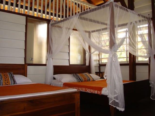 Beach Hut Holiday Rental  Sri Lanka - Uswetakeiyawa, Bopitiya - Chatka w górach