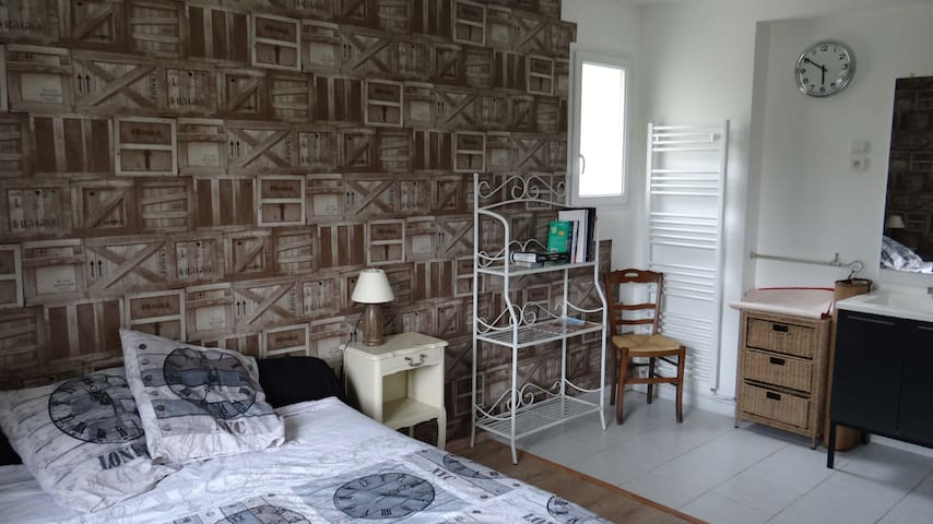 Room bed en breakfast - Belbeuf - Hus