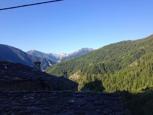Accogliente Baita di Montagna - Cucchiales - Lomamökki