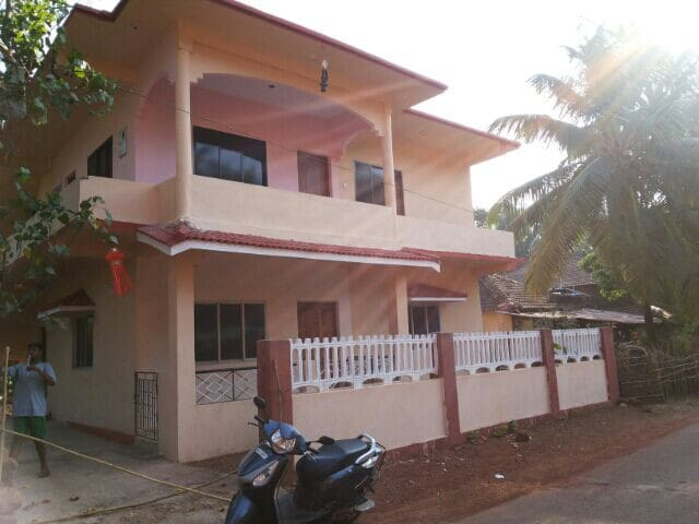 cosy furnished 2bhk apartment in goa - mandrem north goa - Huis