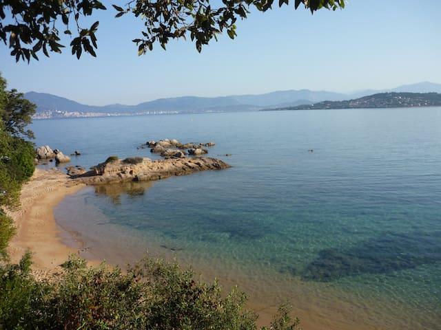 B&B dans villa sur la plage - Pietrosella - Bed & Breakfast
