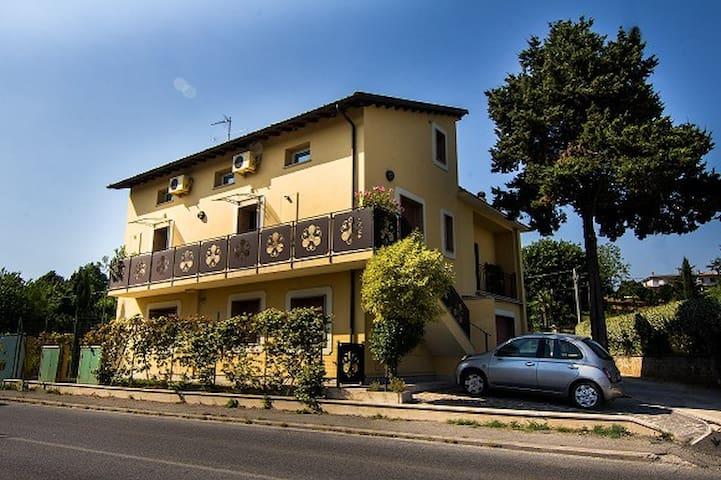 HOLIDAY HOME - Artena - Apartamento