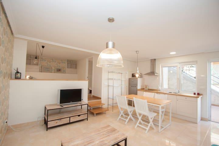 Exclusivo Apartamento estilo nordic/Blanco - Transmiera - Appartement