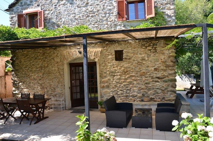 Maison traditionnelle Corse - San-Nicolao - Hus