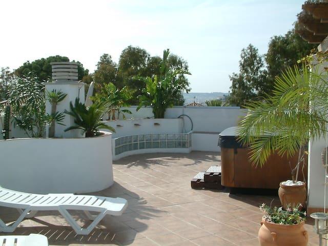 Penthouse Huge Solarium jacuzzi - Fuengirola - Apartment
