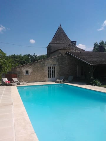 The House of the Vineyard & Pool - Duras - Appartement