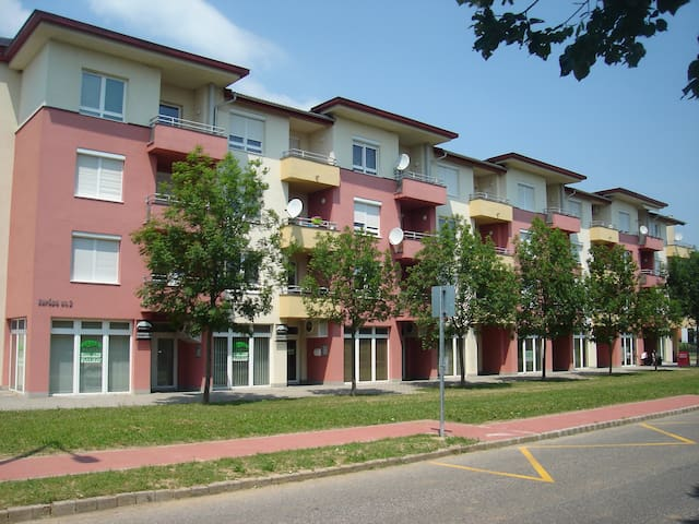Csabai Apartman - Bük - Lägenhet