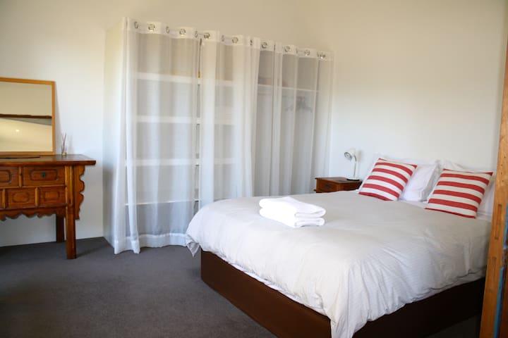 Comfortable spacious one bedroom hideaway - Margaret River - Appartement