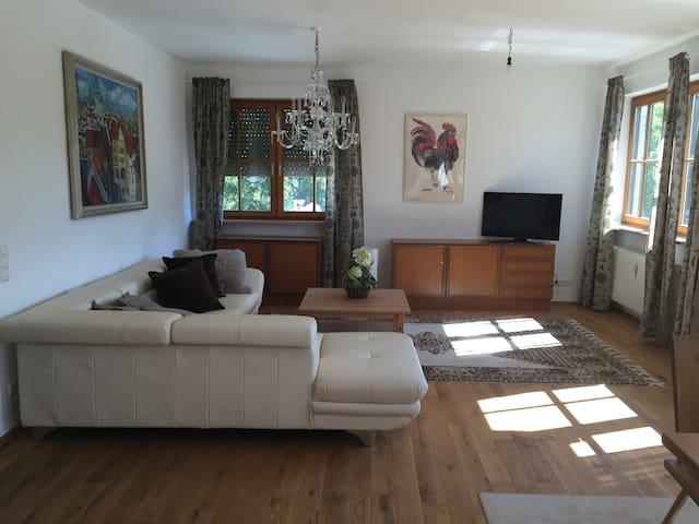 Ferienwohnung in Starnberg - Starnberg - Appartement