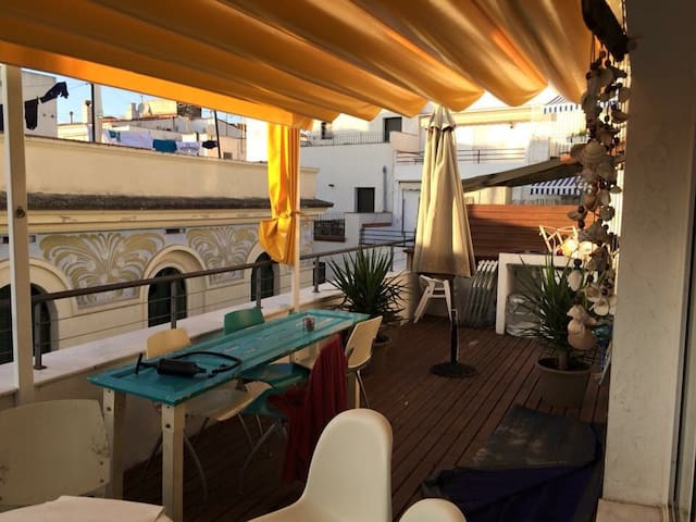 Centre 2 terraces single cool room - Sitges  - Appartement
