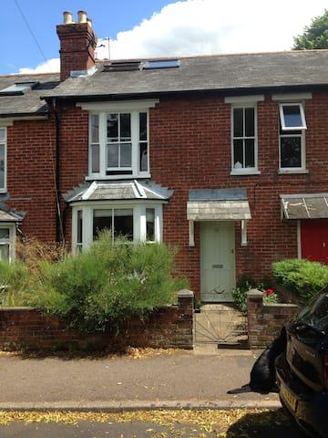 Double attic room near Winchester - Alresford - Oda + Kahvaltı