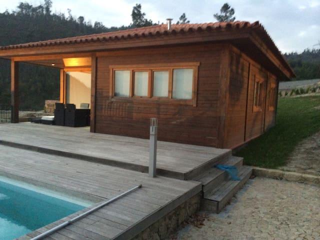 Casa em local muito calmo! - Guimarães - Huis