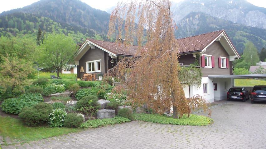 Im Herzen der Alpen - Vandans - Lägenhet
