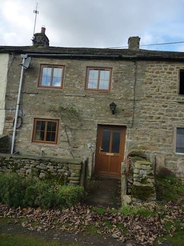 Cosy cottage in heart of Dales - Horsehouse - Dom