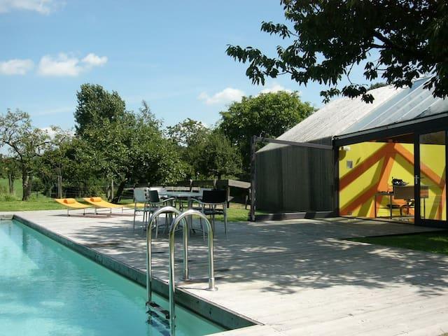 design huis zwembad en privé sauna - Margraten