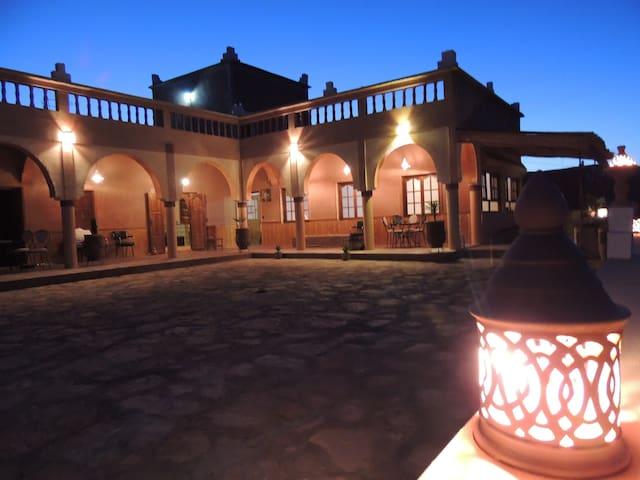 Loasis du Bonheur - Ouarzazate - Bed & Breakfast