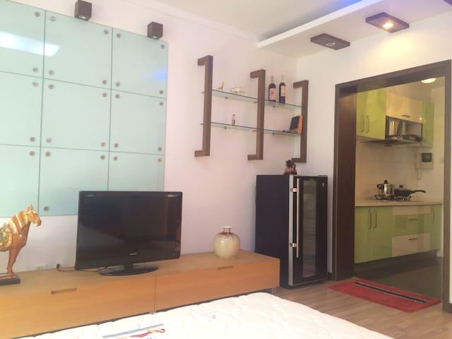 国际海水浴场边的舒适小屋 - Weihai