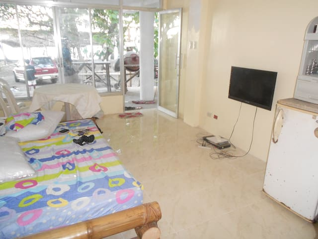 New apartments in beach front - Dumaguete - Huoneisto