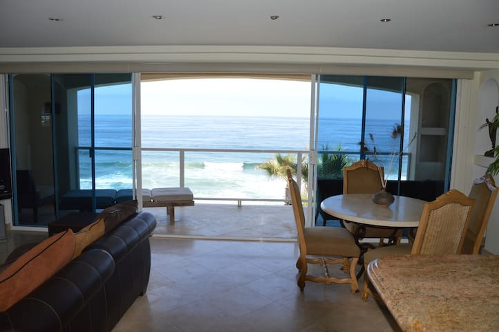 Time to Unwind- Exclusive Ocean Front Luxury- WOW! - Rosarito - Appartement