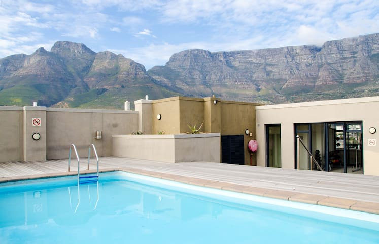 Central studio with great views - Cape Town - Leilighet