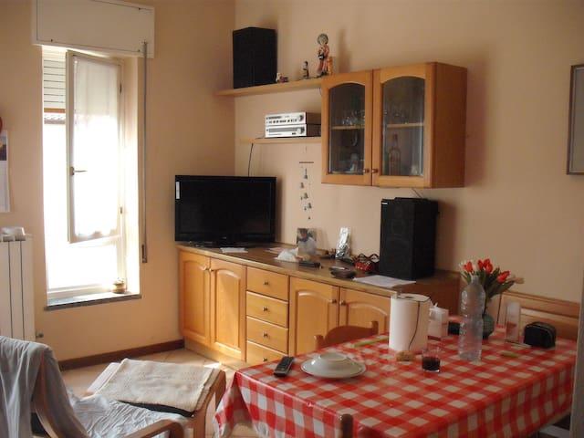 appart. p. terra, 100mq, riscal aut - Calolziocorte - Lägenhet