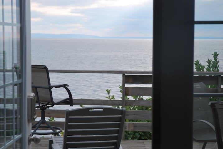 Haven at Georgian Bay - Tiny - Houten huisje