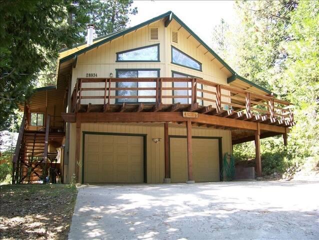 Mountain House with Amenities - Long Barn - Casa