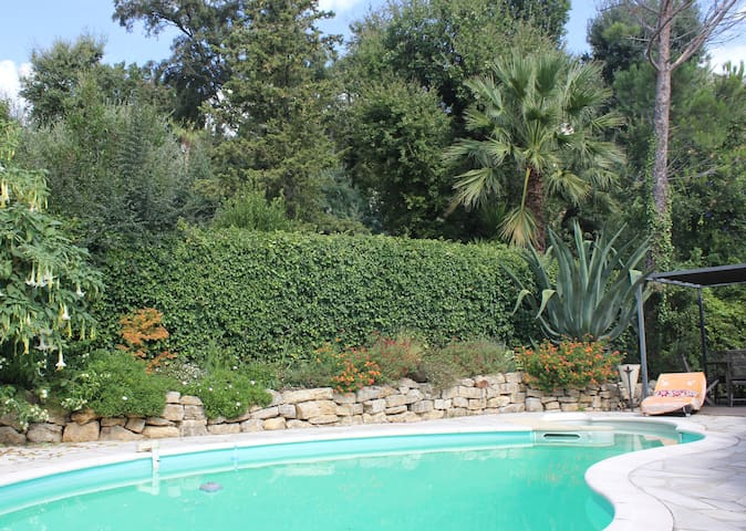 Villa swimming pool, nature & beach - Les Adrets-de-l'Estérel - Oda + Kahvaltı