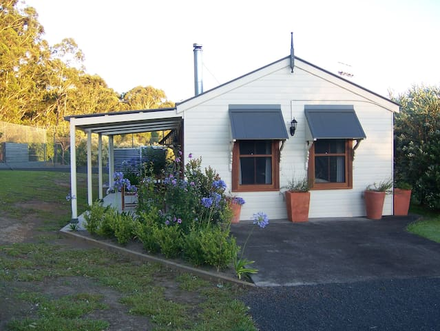 Hillcrest Cottage @ Berry - Broughton Vale - Bungalow