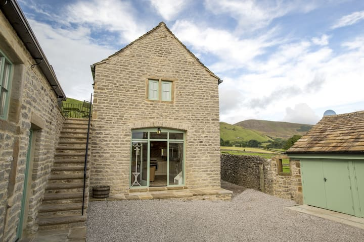 The Coach House, Castleton - Castleton - Дом