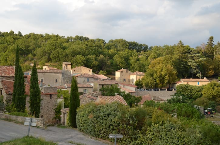 Ideal base for exploring Luberon - Sainte-Croix-à-Lauze - Apartamento