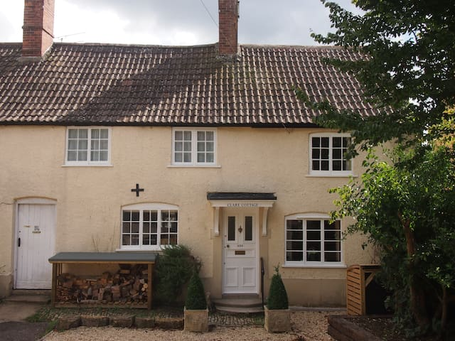 Stunning spacious light & airy room - Sherborne - Bed & Breakfast