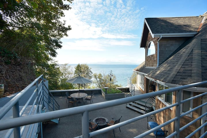 Beachfront House Spectacular Views - Edmonds - Haus