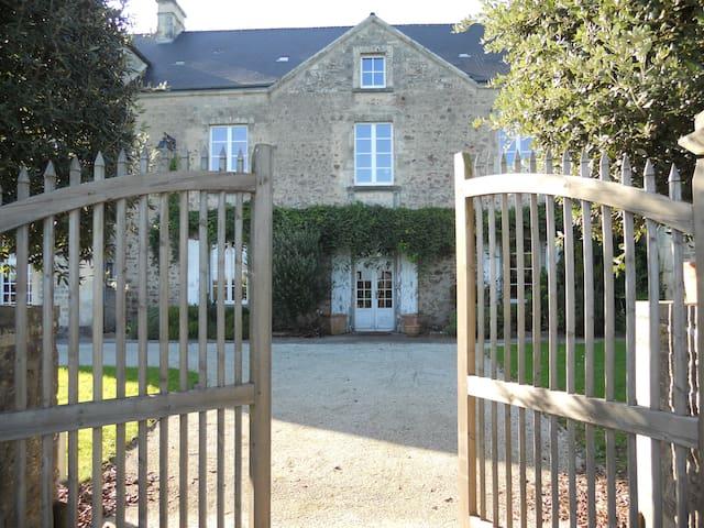 Maison Saint Michel CHAMBRE INDIANA - Tamerville