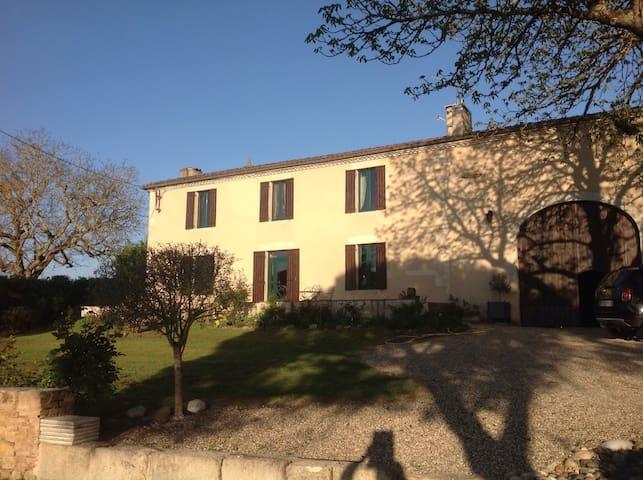 Le marronnier - Morizès - Huis