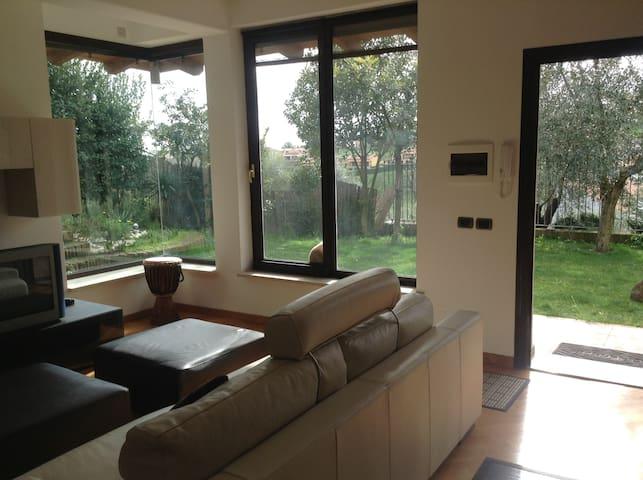 Country house with garden near Rome - Capena - Ev