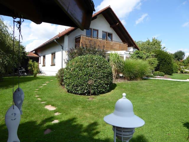 Top Wohnung in Guxhagen nahe Kassel - Guxhagen - Lägenhet