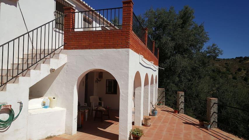 Andalucian Cortijo near Comares - Comares - Ev